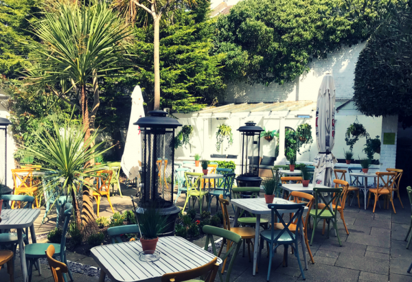 About Us - Hove Place, Bistro, Bar and Italian Gardens